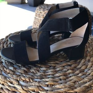 💖Naturalizer Adele Black Felt Sandal Size  6